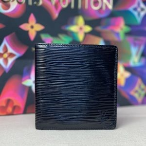 🎉HP🎉✨AUTHENTIC✨ Louis Vuitton Men's Wallet